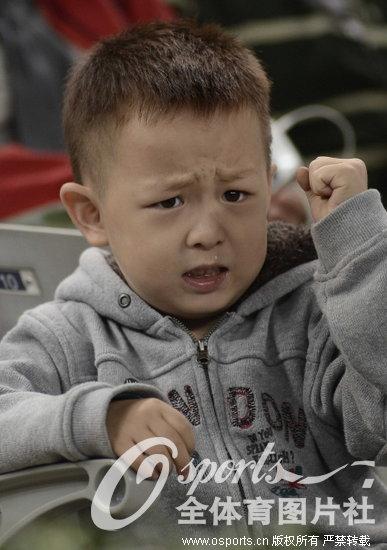 2012年中国网球公开赛男单第2轮:奎雷伊2:0胜赛皮,可爱小球迷流鼻涕