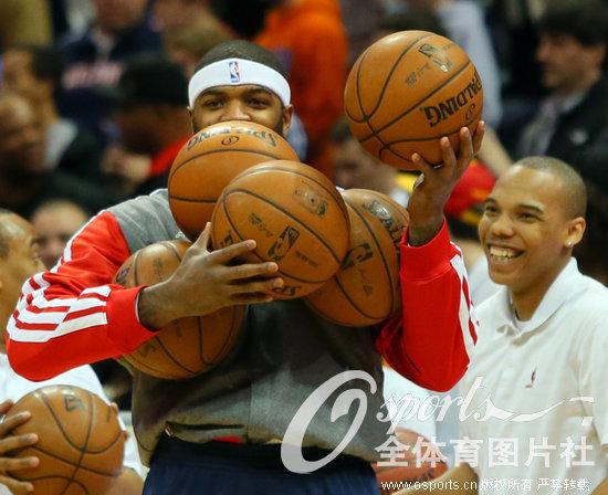 高清 NBA詹姆斯24分 热火103 90力克老鹰图片