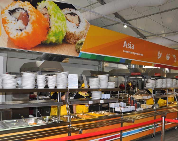 亚洲餐区 李响摄