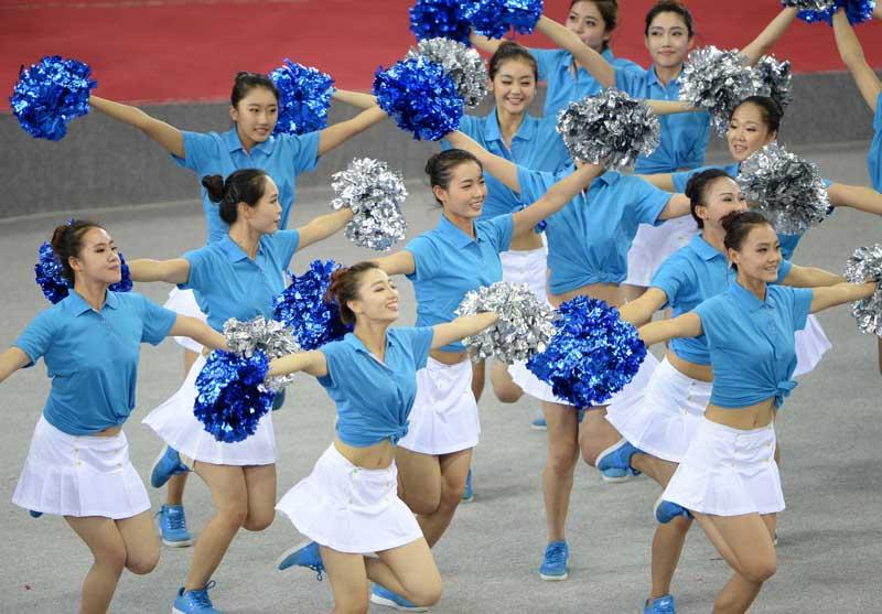 亚冠奖杯图片_全运图片--体育--人民网