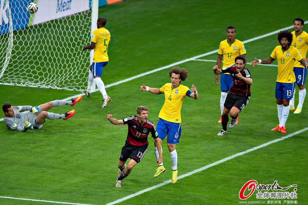 高清:半决赛德国7-1狂胜巴西 回放本场比赛8粒