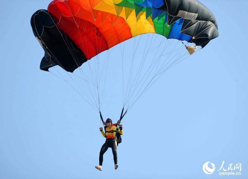 六日天_10月6日,由国家体育总局和中国人民解放军空军共同主办,为期10天的