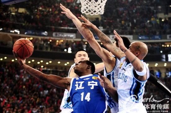 高清:cba决赛第3场北京108-109负辽宁 哈德森绝杀