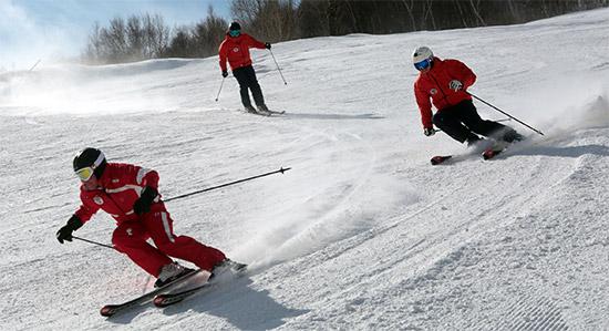 张家口市举办2022年冬奥会倒计时6周年庆祝活动(何大为摄)