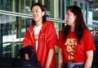 中国女篮结束热身赛 抵达北京