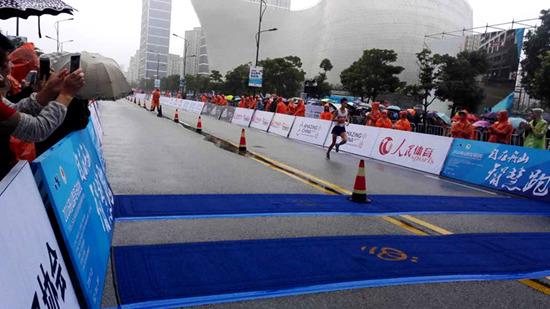 2016舟山群岛马拉松盛大开跑