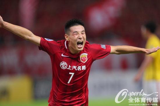 武磊3分钟两球 上港4-0送恒大亚冠最惨痛失利