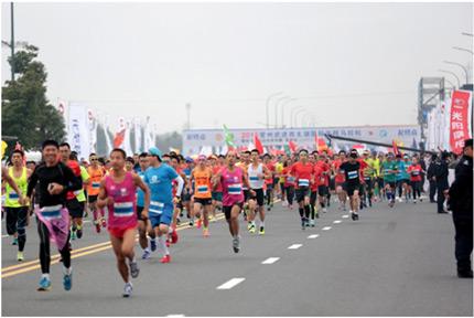 刘新 我的西太湖马拉松 -常奥体育