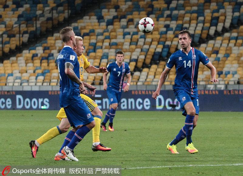 体育 国际足球 2018年俄罗斯世界杯预选赛  冰岛:   一个只有33万人口