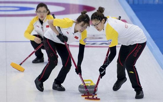 中国女队在比赛中