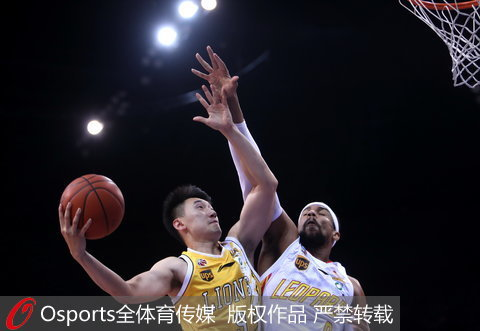 CBA季后赛-萨林杰22分深圳胜广厦总分2-2思琪卡盟