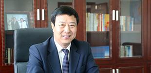 内蒙古自治区体育局长谭景峰专访        近几年内蒙古体育蓬勃发展,成绩卓著。谭景峰接受人民体育专访,全面介绍了内蒙古体育发展情况。[图解]