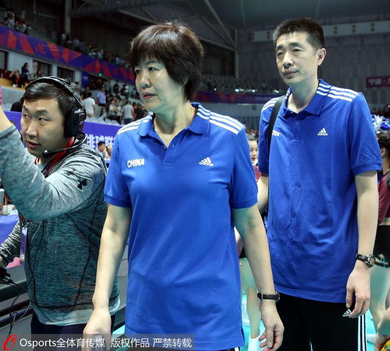 中国女排总教练郎平