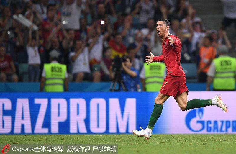 高清 C罗连续4届世界杯进球 追平三大传奇比肩贝利