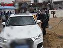 风雨中的人民警察