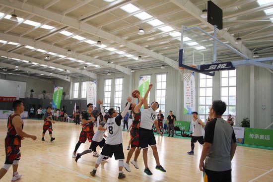 全民健身籃球比賽點燃運動激情