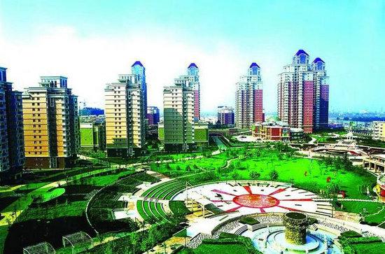 活动场地:凤城市爱河风景区线路长度:6km