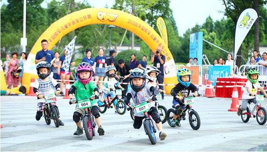2018中国苏州阳澄湖半岛自行车公开赛大幕将启
