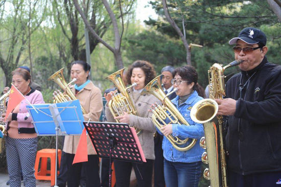 北京市社区体育协会冰雪运动进社区公益体验活动启动