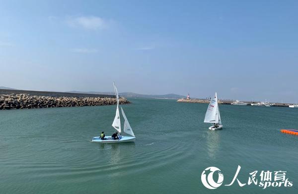 中国帆船帆板队在锦州备战东京奥运会