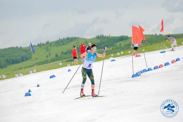 2019年全国夏季越野滑雪挑战赛举行孙清海马春分获男女组冠军