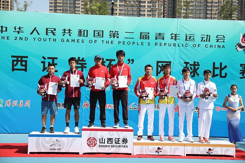 二青会网球体校甲组男单决赛温广林2-0轻取张凌豪摘金