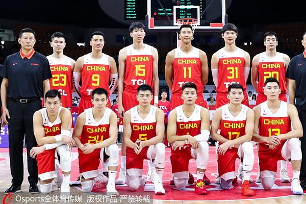 """""""栋""""察世界杯:中国男篮路一直都在"""