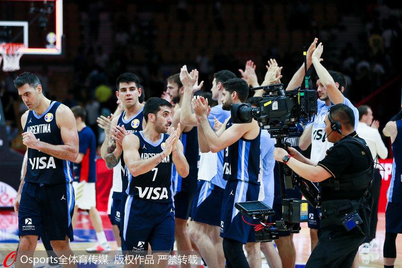 高清:2019男篮世界杯B组阿根廷69:61险胜俄罗斯夺得小组头名