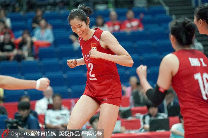 高清:女排世界杯小组赛中国女排3