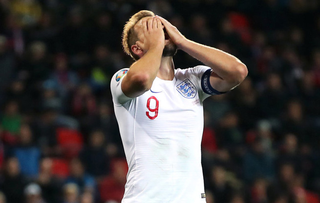 欧预赛-凯恩点射建功英格兰遭逆转终结四连胜 捷克2:1胜英格兰