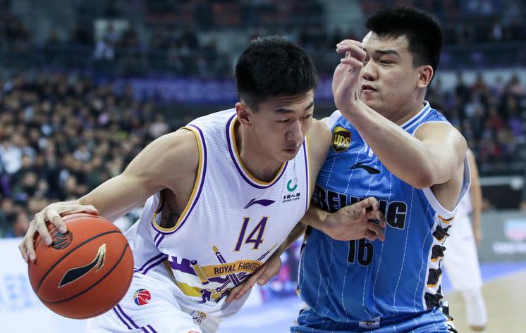 CBA季前赛-汉密尔顿砍下27分 北控79-91不敌北京