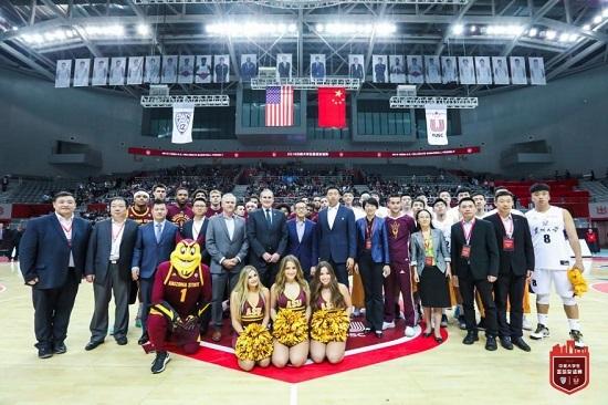 两场中美高校男篮角力拉开Pac-12中国赛序幕
