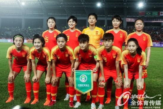 女足四国赛:王霜百场梅开二度中国2-0胜新西兰