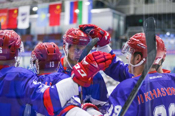 丝路杯冰球超级联赛:末节连入三球奥瑞金4-2逆转坦波夫迎连胜