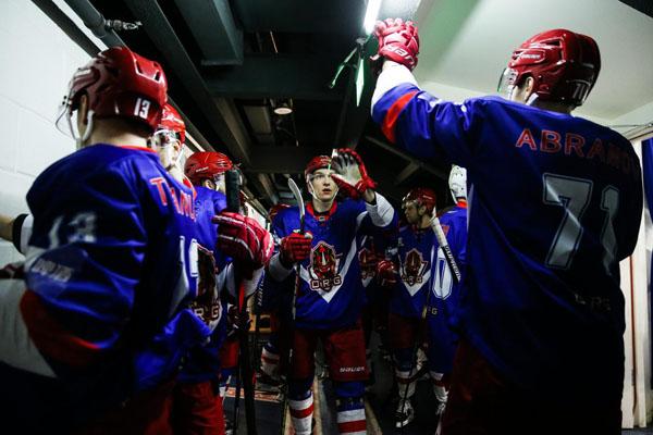 丝路杯冰球超级联赛:中国德比战奥瑞金主场5