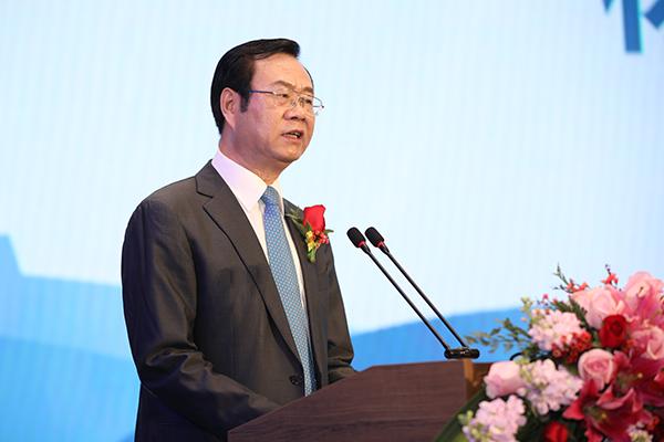 杨志明:坚持走体育融合产业大发展的创新之路
