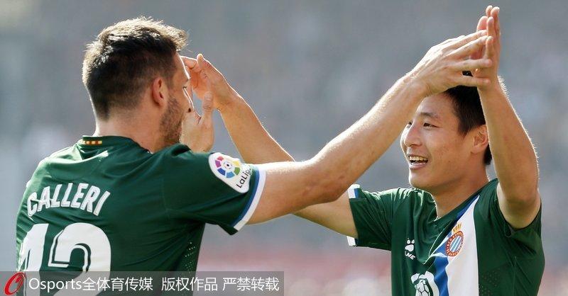 武磊收获西甲客场首球10人西班牙人2