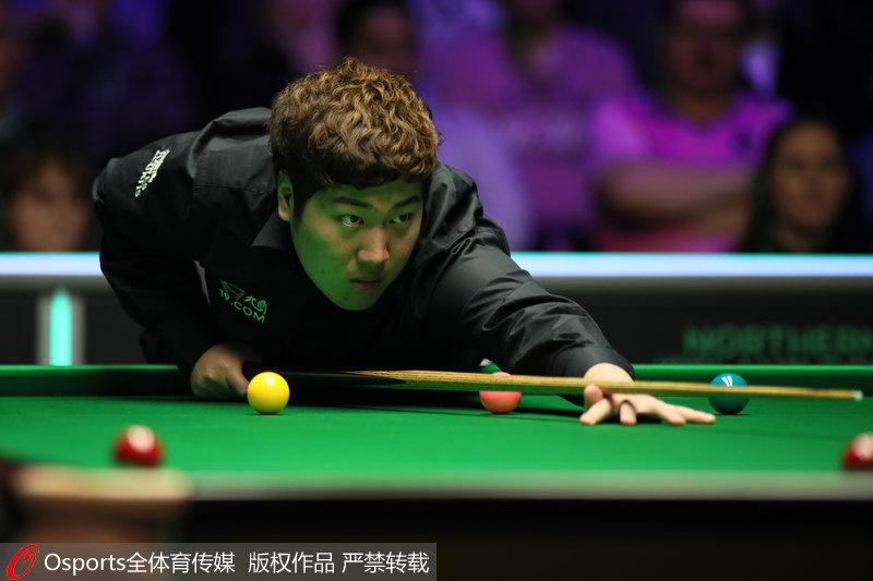 颜丙涛6-9遭塞尔比逆转无缘斯诺克巡回锦标赛半决赛--体育--人民网