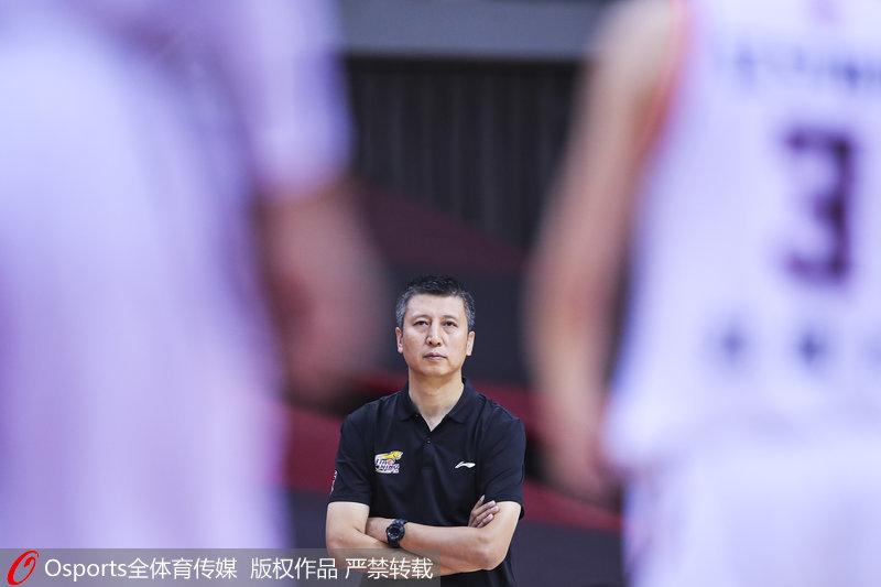 官宣:郭士强提出辞职杨鸣出任中方教练组长
