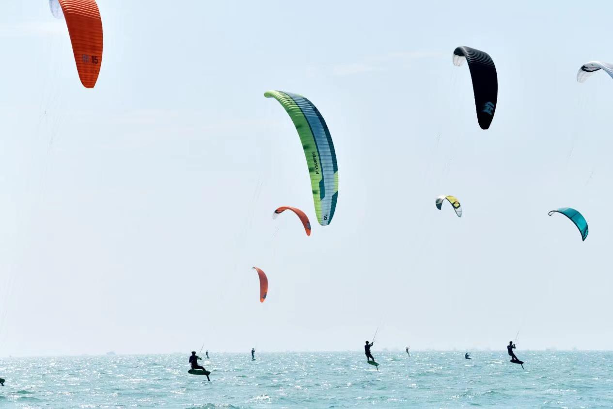 2020年全国风筝板锦标赛在广西北海开赛
