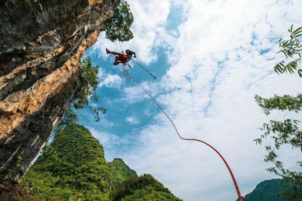 2020中国攀岩自然岩壁精英挑战赛将在广西马山举行