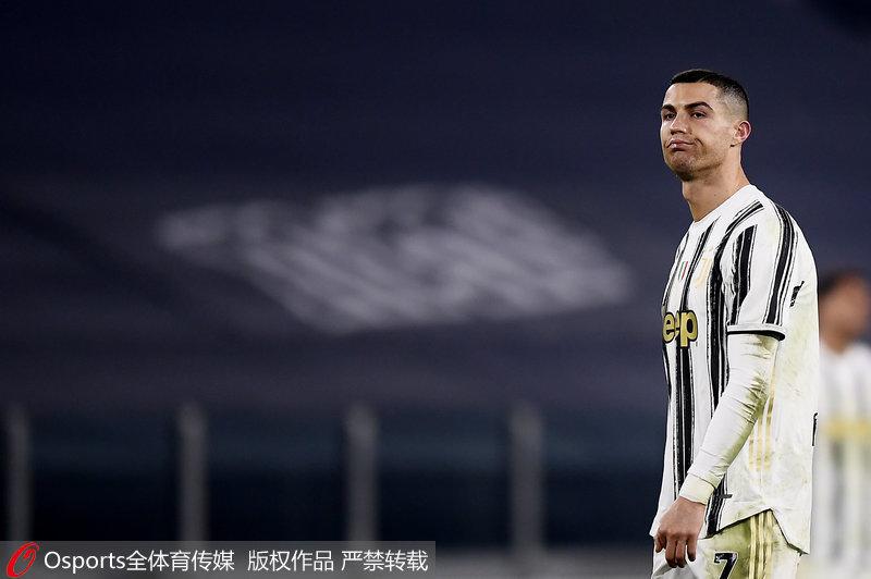 意甲-C罗进球无效夸德拉多染红尤文0-3负佛罗伦萨遭联赛首败