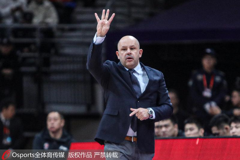 雅尼斯回归北京首钢继续带队征战CBA:北京是第二家乡
