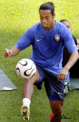 2006年7月1日,2006年德国世界杯,巴西队在法兰克福世界杯球场适图片