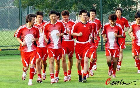 [图]中国国家队香河集训备战亚洲杯 主力全到齐