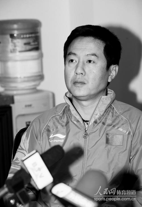 [优势]施之皓国家连任滑板乒乓球组图主教练(女队世界节成都图片