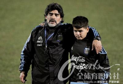 南非世界杯 阿根廷训练备战 马大帅亲自上阵