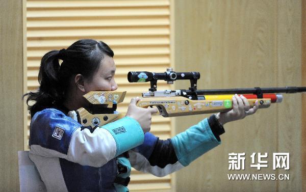 中国移动靶_射击女子10米步枪移动靶中国选手包揽冠亚军