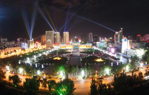 西宁市 新宁广场夜景图片